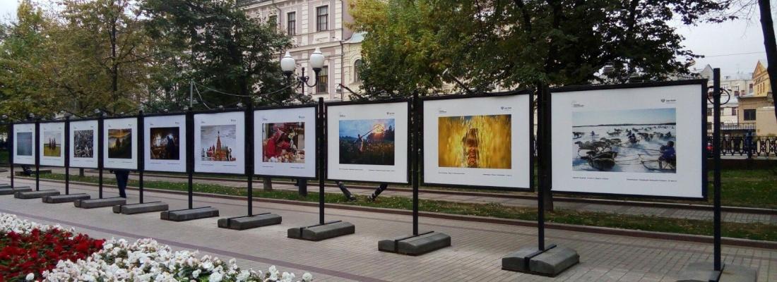 Статья: Чистопрудный бульвар представляет работы героев «Русской цивилизации»