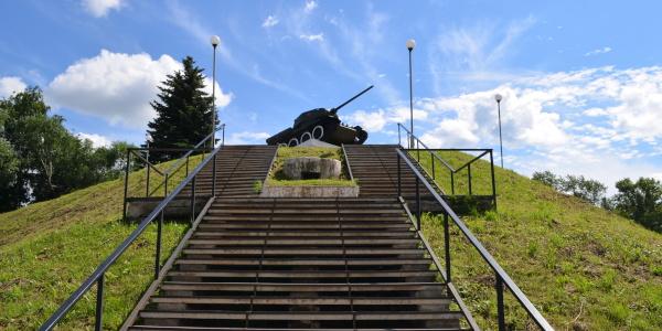 Работа: Памятник танкистам