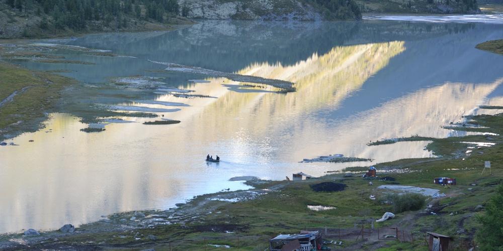 Работа: Жизнь у озера Аккем