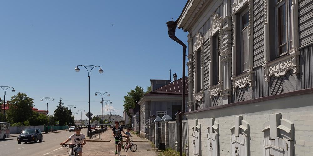 Работа: На улочках Тобольска.