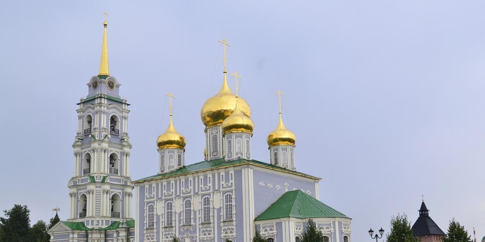 Работа: Успенский собор и колокольня Тульского кремля
