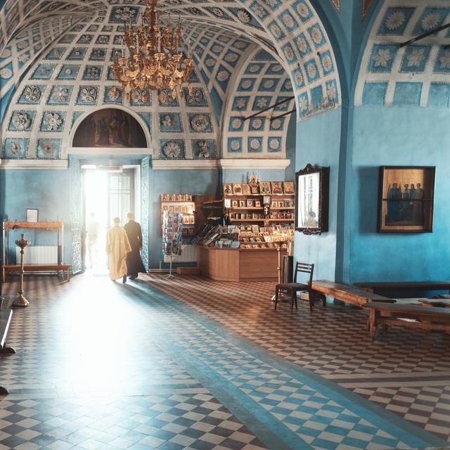Работа : Спасо-Яковлевский мужской монастырь в городе Ростов Великий Ярославской области