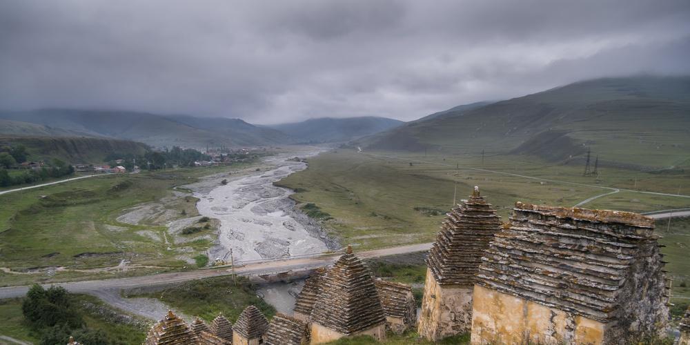 Работа: Даргавс - средневековый город мертвых