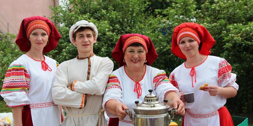 Работа: Фестиваль русского чая по-бутурлински