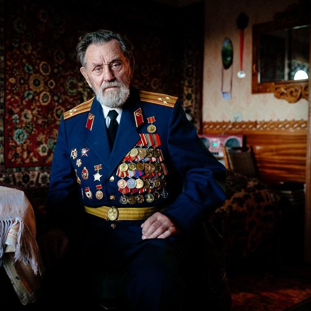 Работа : Служу России