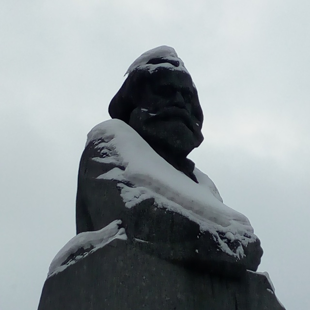 Работа : Marx against the wind