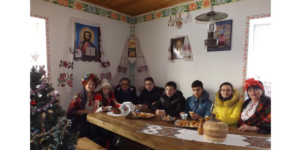 Работа: Украинское гостеприимтсво