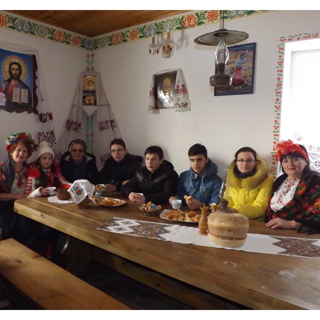 Работа : Украинское гостеприимтсво